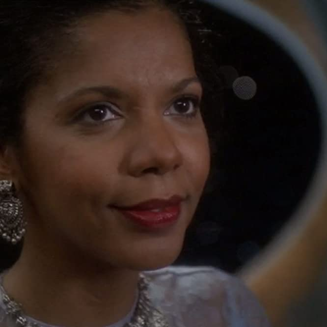 Penny Johnson Jerald in Star Trek: Deep Space Nine (1993)