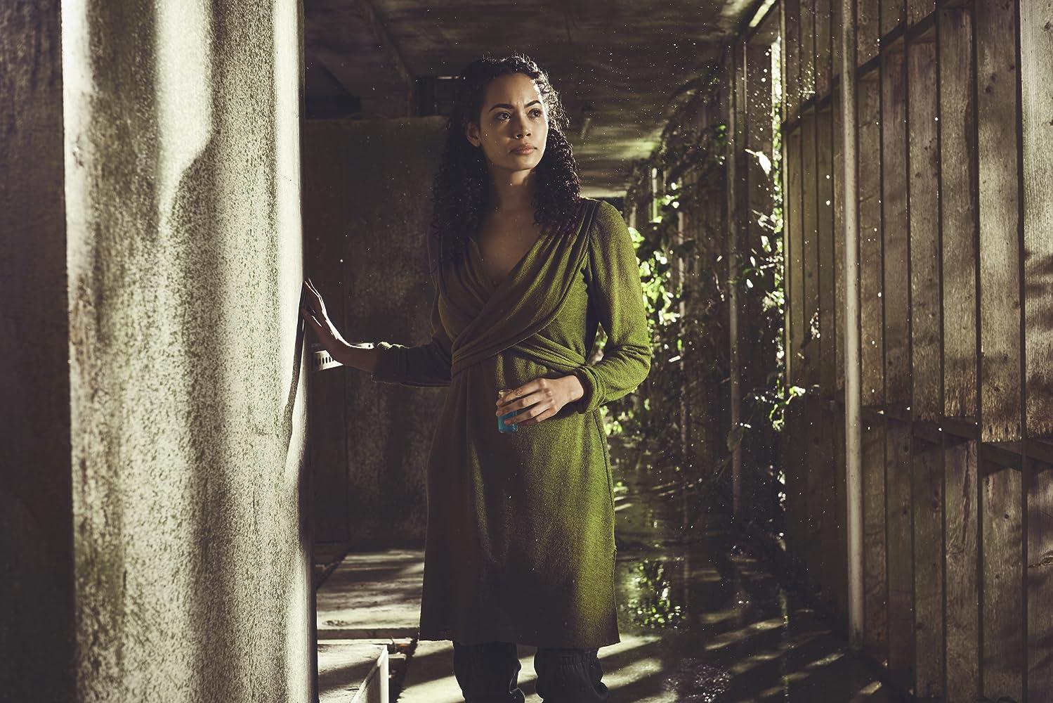Madeleine Mantock in Into the Badlands (2015)
