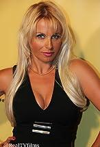 Sabrina Parisi's primary photo