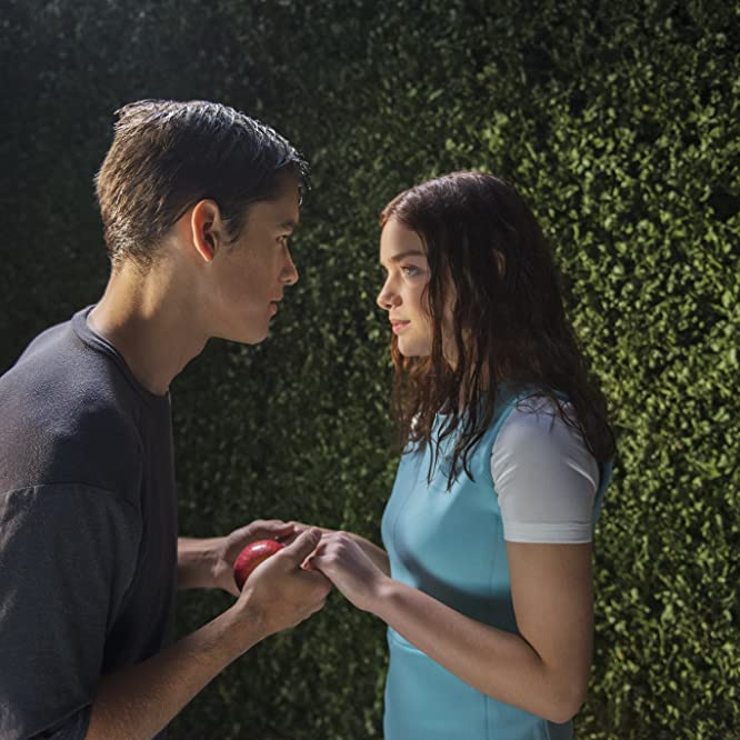 Odeya Rush and Brenton Thwaites in The Giver (2014)