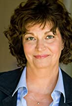 Linda Graves's primary photo