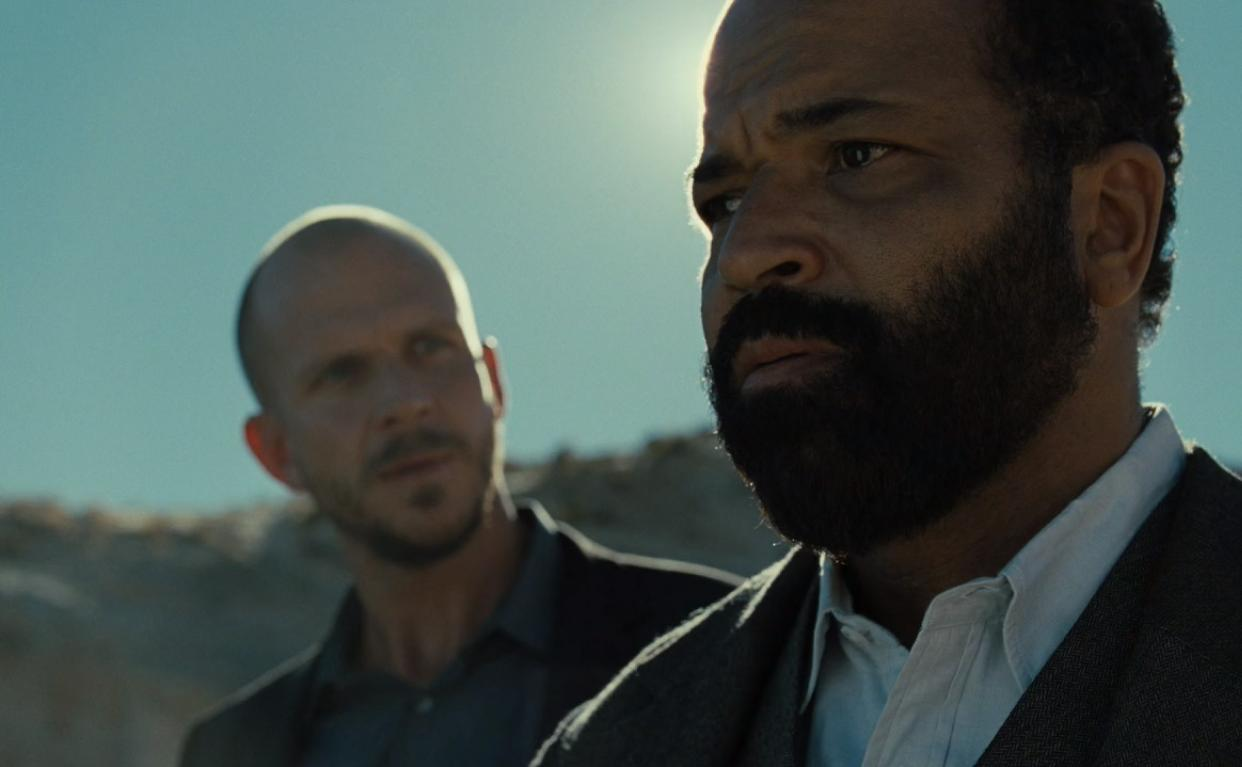 Gustaf Skarsgård and Jeffrey Wright in Westworld (2016)