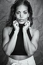 Ciara Renée