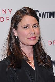 Maura Tierney - IMDb