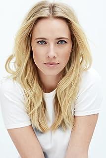 Jennifer Hoffman Picture