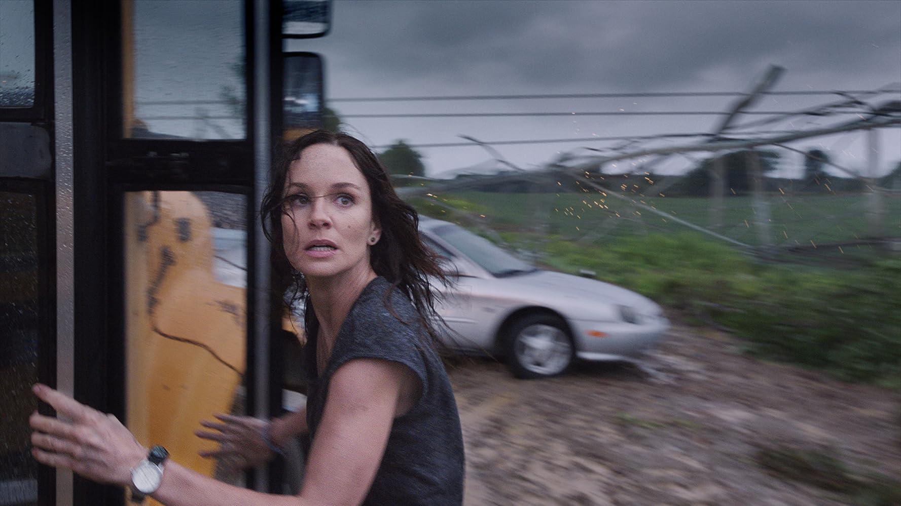Sarah Wayne Callies in Into the Storm (2014)