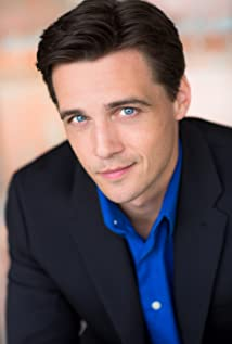 Zachary Bostrom Picture