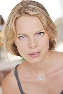 Cécile Breccia Picture