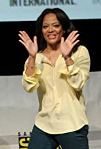 Luna Lauren Velez's primary photo