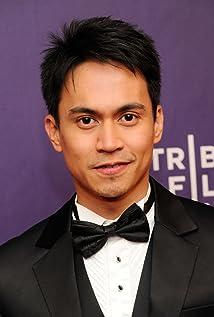 Aktori Arnold Reyes