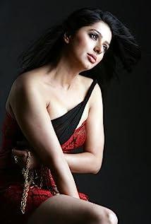 Bhoomika Chawla Picture
