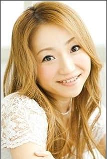 Mayumi Izuka Picture