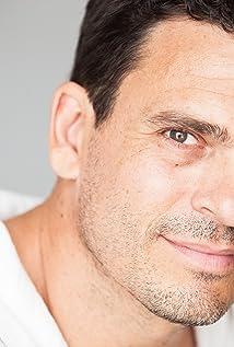 Aktori Jim Pirri