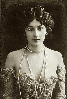 Lina Cavalieri Picture
