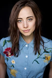 Lindsay Elston Picture