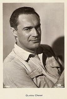 Gustav Diessl Picture