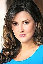 Zoe Myers's primary photo