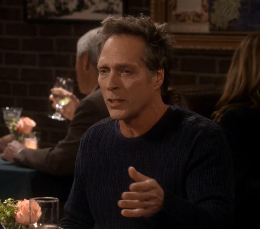 Mom: Caperberries and a Glass Eye | Season 3 | Episode 17