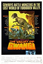 The Valley of Gwangi (1969) Poster