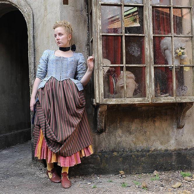 Alexa Davies in Harlots (2017)