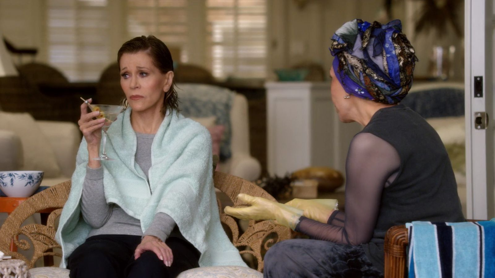 Grace and Frankie: The Negotiation | Season 2 | Episode 3