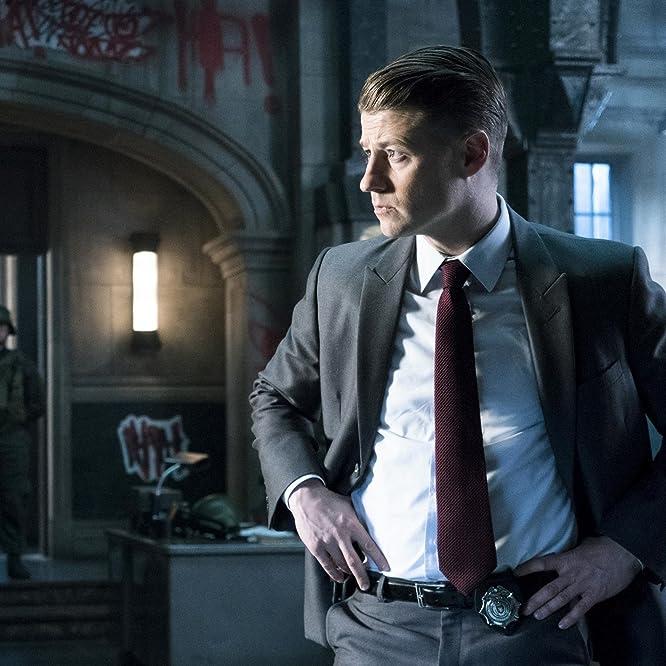 Ben McKenzie in Gotham (2014)