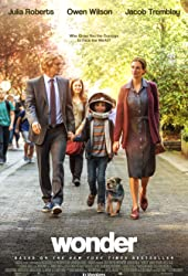 Julia Roberts, Owen Wilson, Izabela Vidovic, and Jacob Tremblay in Wonder (2017)