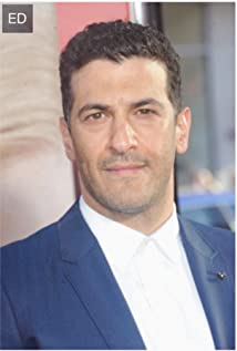 Simon Kassianides Picture