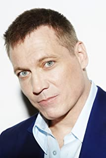 Holt McCallany Picture