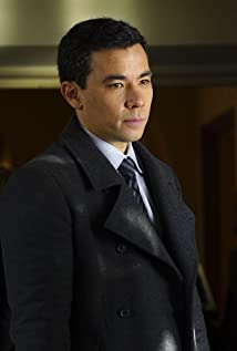 The 39-year old son of father Ron Ricamora and mother Debbie Bolender, 183 cm tall Conrad Ricamora in 2018 photo