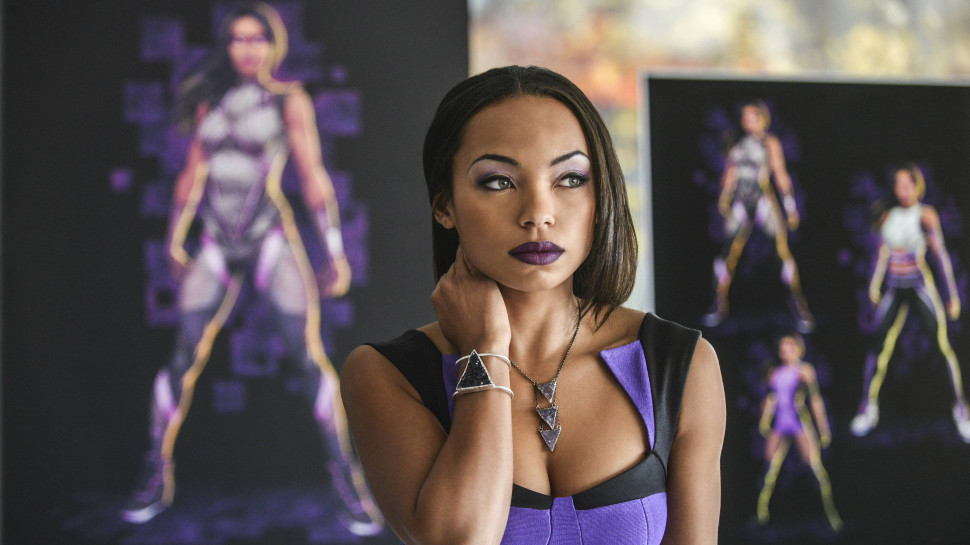 Logan Browning in Powers (2015)