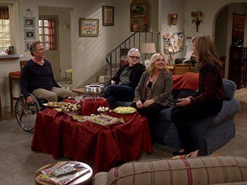 Mom: Bad Hand and British Royalty | Season 4 | Episode 9