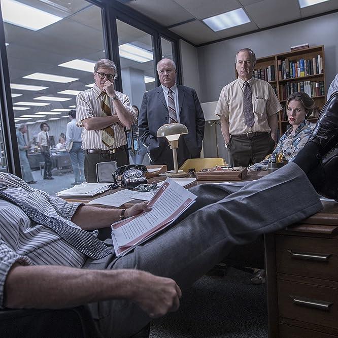 Tom Hanks, Philip Casnoff, David Cross, Bob Odenkirk, and Jessie Mueller in The Post (2017)