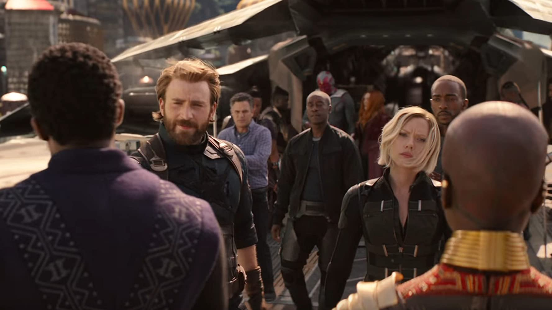 Don Cheadle, Paul Bettany, Chris Evans, Scarlett Johansson, Elizabeth Olsen, Mark Ruffalo, Anthony Mackie, Chadwick Boseman, and Danai Gurira in Avengers: Infinity War (2018)