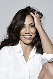 Michaela Conlin Picture