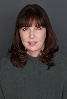 Moira Kirland Picture