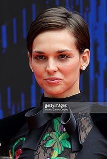 Aktori Sara Serraiocco