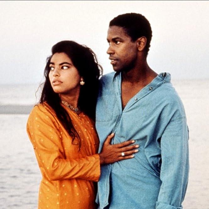 Denzel Washington and Sarita Choudhury in Mississippi Masala (1991)