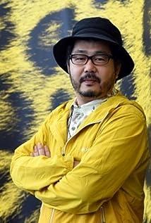 Akihiko Shiota Picture