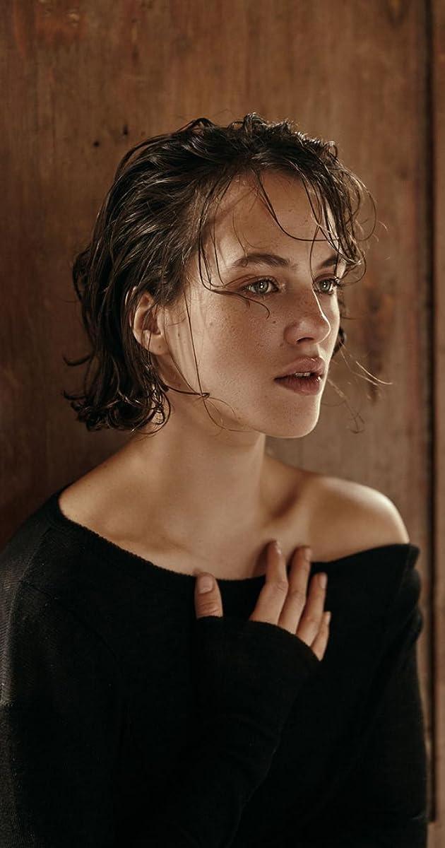 Jessica Brown Findlay - 10 Pics