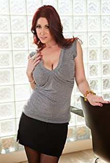 Tiffany mynx and small   XXX pictures)